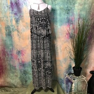 📌Magic Maxi Dress with geometrical design